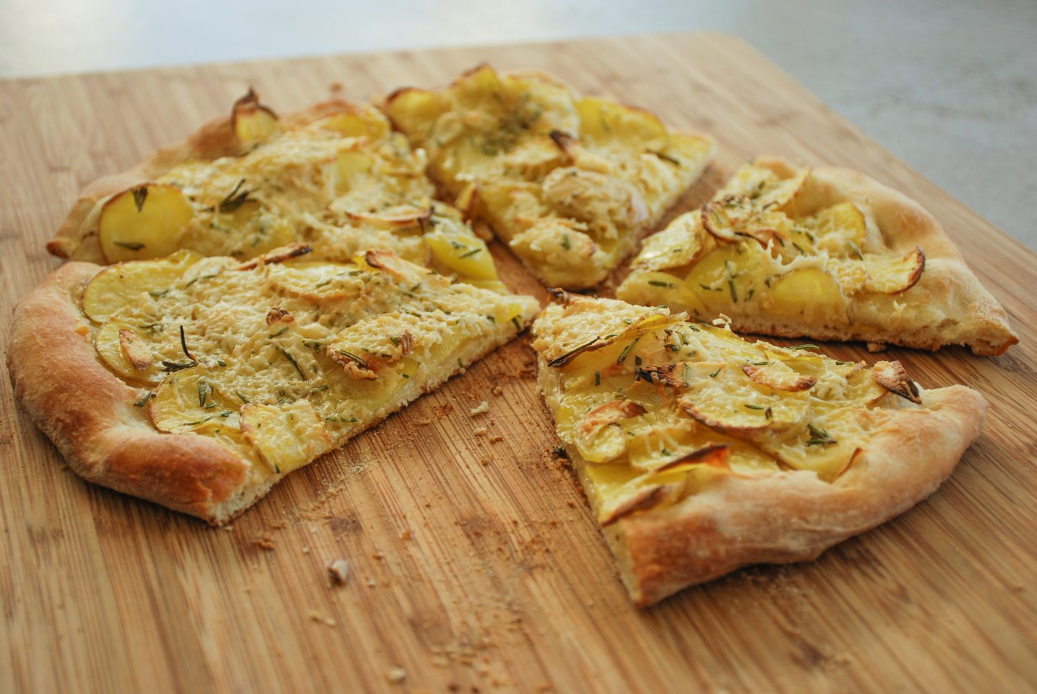 Potato, Rosemary & Roasted Garlic Pizza