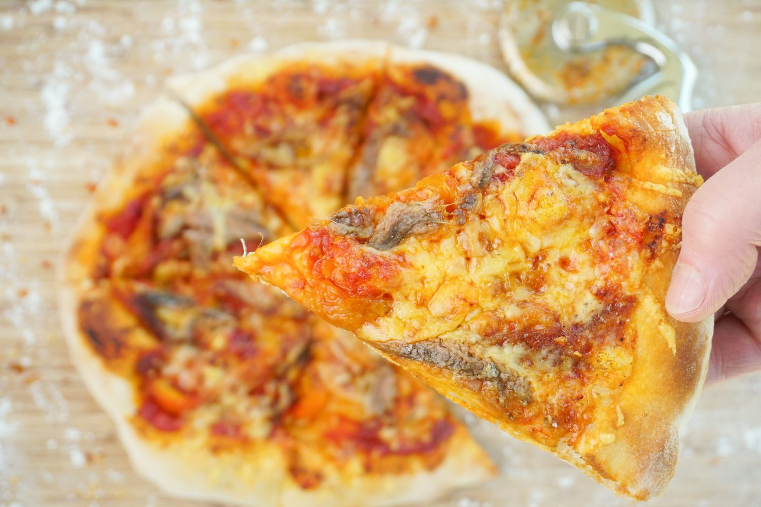 Anchovy, Roasted Pepper & Smoked Mozzarella Pizza