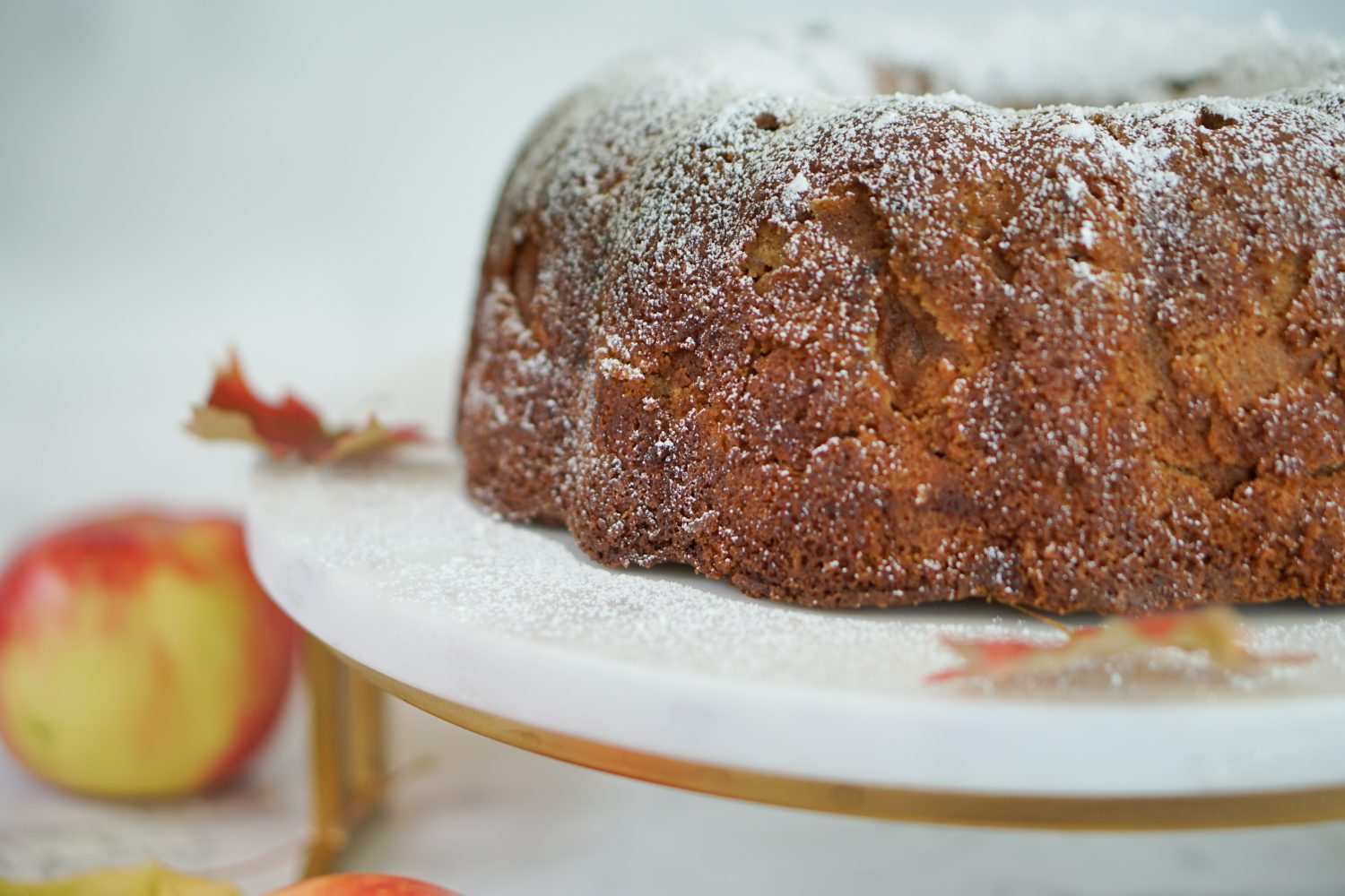 Side view of apple cake