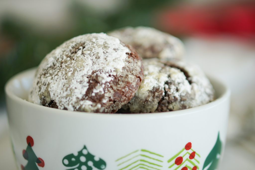 Chocolate Peppermint Crackle in bowl