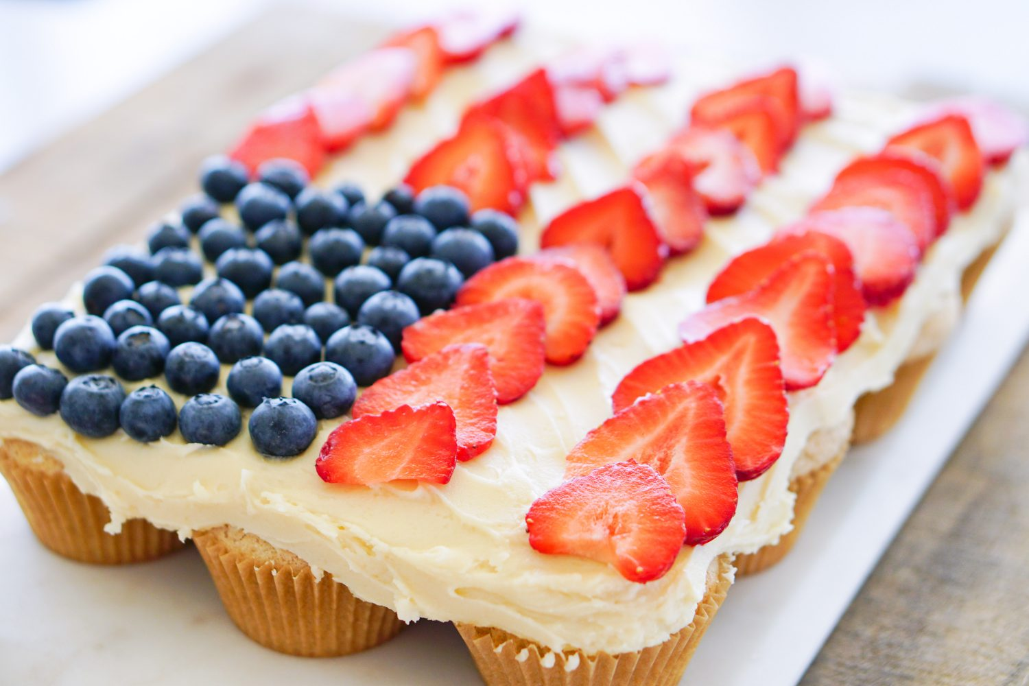 Pull-Apart Strawberry Cupcakes with Cream Cheese Frosting